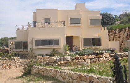 בית אלון באשחר